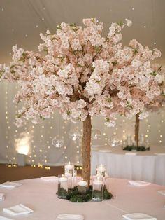 Tree Centrepiece Wedding, Small Wedding Centerpieces, Tree Centerpieces, Wedding Table, Tree Themed Wedding, Wedding Trees, Wedding Veils, Cherry Blossom Centerpiece, Cherry Blossom Party
