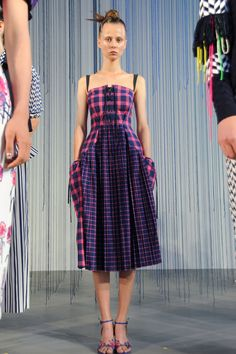 The Best Looks From New York Fashion Week Spring/Summer 2016  - ELLE.com TANYA TAYLOR
