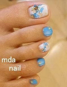 Easy toenails design - nice photo