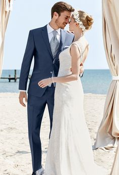 Wedding Suit Fashion Images – The World Of Lingerie Tuxedo Wedding, Wedding Suits, Wedding Attire, Wedding Bride, Wedding Gowns, Groom And Groomsmen Suits, Groom Tux, Groom Attire, Royal Clothing