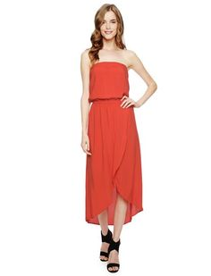 Show your patriotism on Independence Day in the Strapless Tulip Dress in Poppy Red from @splendidla