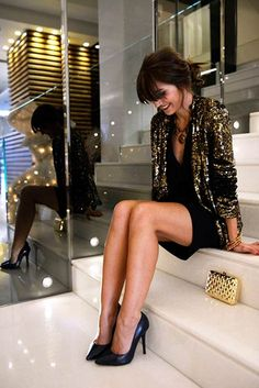 Sequin Black and Gold Christmas Outfit Idea