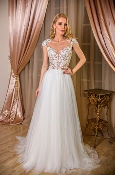 7 Sparkling Clever Ideas: Wedding Gowns Vintage Romantic flowy wedding dresses with pockets. Boho Chic Wedding Dress, Rustic Wedding Dresses, Fit And Flare Wedding Dress, Tea Length Wedding Dress, Classic Wedding Dress, Modest Wedding Dresses, Colored Wedding Dresses, Wedding Gowns, Lace Wedding
