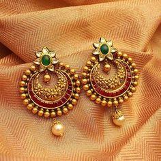 How To Gold Earrings gold antique kundan earrings designs, gold antique rrxluqq - Jewelry Amor Gold Jhumka Earrings, Indian Jewelry Earrings, Jewelry Design Earrings, Gold Earrings Designs, Antique Earrings, Bridal Jewelry, India Jewelry, Jhumka Designs, Fancy Earrings