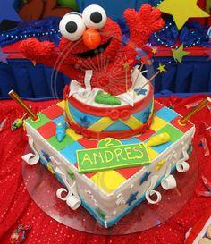 Amazing ELMO 3d cake