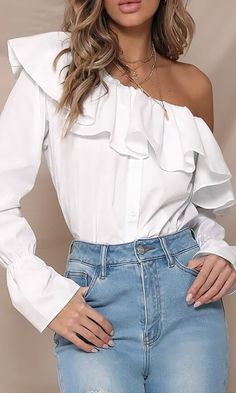 Doing Things Right White Ruffle Long Sleeve Button One Shoulder Blouse – Indie XO Cool Outfits, Fashion Outfits, Fasion, Blouse And Skirt, One Shoulder Tops, T Shirt Diy, Classy Dress, Pull, Casual Chic