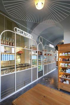 View full picture gallery of I Dolci Di Nonna Vincenza - Catania Shop Interior Design, Retail Design, E Frame, Las Vegas, Counter Design, Shelf Furniture, Facade House, Retail Shop, Display Design