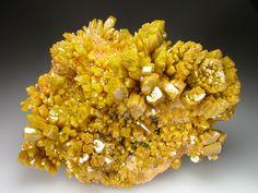 Pyromorphyte | Crystal Classics Bunker Hill Mine, Kellogg, Idaho, US.