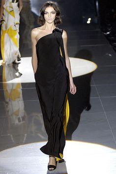 Gucci Spring 2008 Ready-to-Wear Fashion Show - Mariacarla Boscono