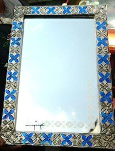 Espejo elaborado con los stencils de alto relieve, y repujado con Papel aluminio