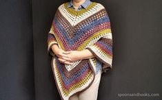 This is Step by step guided video tutorial how to crochet This Beautiful Poncho. This Beautiful Poncho Crochet is simple to make and adorable. This video tutorial is for beginners and for experts too. Crochet Poncho Patterns, Crochet Scarves, Crochet Shawl, Crochet Clothes, Crochet Stitches, Free Crochet, Knit Crochet, Knitting Patterns, Crochet Ideas