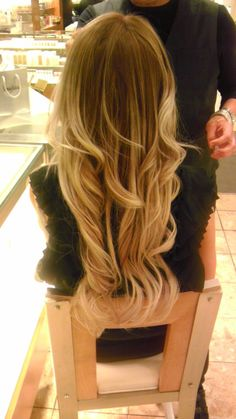 pretty hair color and length