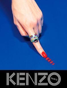 revista ToiletPaper, y protagonizada por Sean O'Pry y Rinko Kikuchi, para la nueva campaña FW13 de Kenzo.