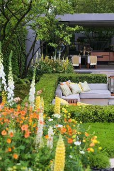 Chelsea Flower Show: puutarhoja Chelsea Flower Show, Outdoor Furniture Sets, Outdoor Decor, Table Decorations, Flowers, Home Decor, Decoration Home, Room Decor, Florals