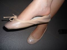 Dangle and arch White Ballet Flats, Pink Ballet Shoes, Ballerina Flats, Wedding Flats, Sexy Legs And Heels, Feet Soles, Gorgeous Feet, Female Feet, Me Too Shoes