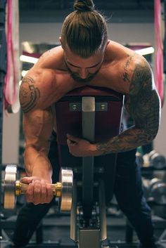 If you want to blast your guns, you have to dig yourself out of the same ol' same ol.' This no-mercy routine will blow up your bis and tris to get you that sleeve-ripping strength you're after.