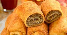 Krokiety z pieczarkami i kiszoną kapustą Snack Recipes, Snacks, Hot Dog Buns, Chips, Food And Drink, Yummy Food, Bread, Cooking, Snack Mix Recipes