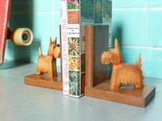 Schnauzer book support set  wood  Fifties by TrackofTime on Etsy, €20.00