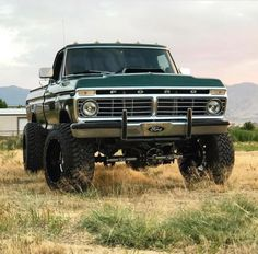 """3,808 Likes, 9 Comments - #Cleantrucks (@cleantrucks_) on Instagram: """"Love the old Ford look @nos_xdelacruz ------------------------------------- Follow for more…"""""""