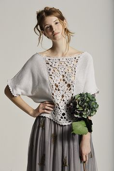 Crochet Shirt Ravelry: Hollyhock pattern by Marie Wallin - T-shirt Au Crochet, Poncho Au Crochet, Pull Crochet, Mode Crochet, Crochet Fabric, Crochet Shirt, Crochet Woman, Ravelry, Bohemian Mode