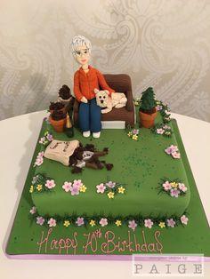Ladies garden cake 60th Birthday Cake For Ladies, 60th Birthday Cakes, Mum Birthday, 55th Birthday, Garden Theme Cake, Garden Birthday Cake, Garden Cakes, Bicycle Cake, Grandmother Birthday