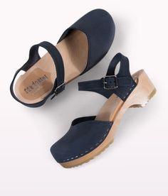 fashion-clogs-navy-3
