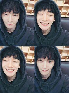 Cute no makeup Chen ♥ - Exo - Info Korea Exo Chen, Exo Ot9, Kris Wu, Luhan And Kris, Shinee, Baekhyun Chanyeol, Kpop Exo, Chanbaek, Kaisoo