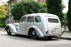 Aero 30 STW (station wagon nebo-li kombík) modelového roku 1939 Fiat 500, Vintage Cars, Antique Cars, American Heritage Dictionary, Vans, Pedal Cars, Station Wagon, Old Cars, Cars And Motorcycles