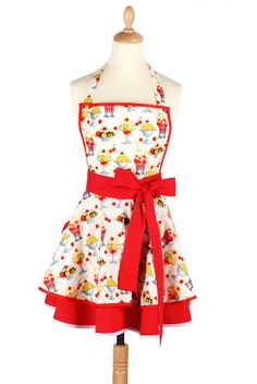 Cute apron. Love the bold, wide band.