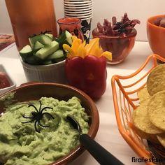 Läskigt god mat till Halloweenfest för barn! #halloween #halloweenfest #barn #mat #recept #buffe