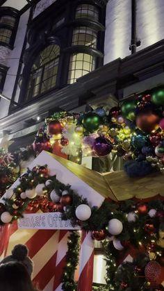 Winter Christmas Scenes, Christmas Scenery, London Christmas, Christmas Music, Peanuts Christmas, Merry Christmas To You, Christmas Wishes, Christmas Time, Christmas Videos