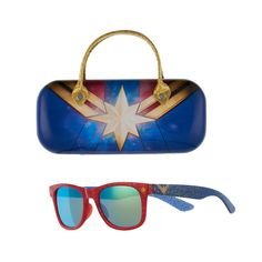 She'll feel like a real hero wearing these girls' Captain Marvel sunglasses with case. Captain Marvel, Lego Marvel, Girls 4, These Girls, Spiderman, Geek Jewelry, Real Hero, Fancy Pants, Sunglasses Case