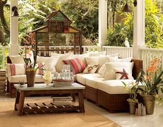 comfortable outdoor living + bring your birdy outside and put him in his own outdoor cage-house!
