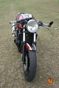 Honda cb500 café racer by barn built bikes