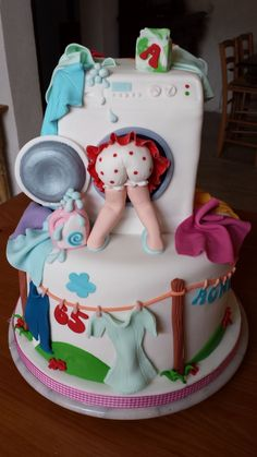 www.cakecoachonline.com - sharing....Laundry Cake