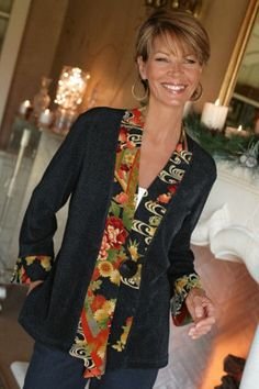 Discover thousands of images about Kimono Jacket - Short Boucle Jacket, Asian Style Jacket, Jackets & Coats Mode Kimono, Kimono Jacket, Kimono Style, Sewing Clothes, Diy Clothes, Clothes For Women, Clothes Refashion, Diy Fashion, Ideias Fashion