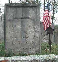 Memorial to Nathan Hale American Revolutionary War, American War, American History, Us Flag History, Nathan Hale, Famous Tombstones, American Independence, Freedom Fighters, Founding Fathers