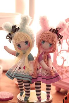 Alice in Wonderland blue or pink Doll Toys, Baby Dolls, Homemade Dolls, Kawaii Doll, Fabric Toys, Paper Toys, Anime Dolls, Sewing Dolls, Doll Tutorial