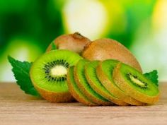 of Kiwi, the nutrient dense food. Supplements For Muscle Growth, Weight Gain Supplements, Bodybuilding Protein, Natural Bodybuilding, Kiwi, Vitamin C, Ayurvedic Diet, Juicing For Health, Healthy Drinks