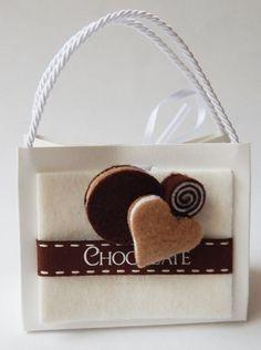 #Bomboniera Rdm Design #Chocolat Sacchettino con #confetti e #dolcino #magnete nuova collezione 2016 6.80€ in #promozione 3.98€  #Spedizione #veloce