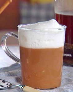 Thanksgiving Hot Drinks: Spiced Chai Latte