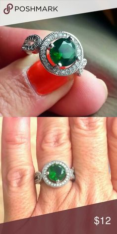 Round cut Emerald CZ Ring, size 6 Emerald CZ Ring Jewelry Rings