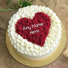 Write a name on a romantic heart birthday cake, send a message of love so cute and sweet girlfriend birthday the boys can't miss. Discover birthday cakes with names with many different themes with Best Birthday Cake Images, Heart Birthday Cake, Birthday Cake For Boyfriend, Birthday Cake Writing, Special Birthday Cakes, Beautiful Birthday Cakes, Happy Birthday Cakes, Boyfriend Cake, Birthday Cake For Mom