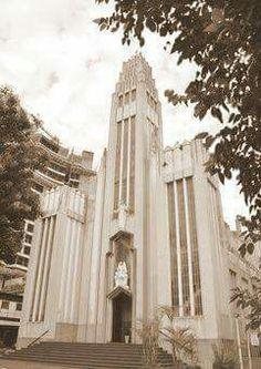 Atual Igreja de São Rafael no bairro da Móoca. Lançada a pedra fundamental em 1937 e concluída em 1950.