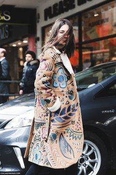 Natasha Goldeberg in Burberry at London Fashion Week Fall Winter 2015 Street Style