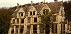 Investigating Woodchester Mansion - Predictions for 2017 Old Abandoned Buildings, Abandoned Mansions, Abandoned Places, Most Haunted Places, Spooky Places, Unique Buildings, Beautiful Buildings, Real Haunted Houses, Haunted Castles