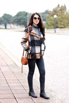 Grey and Brown Street Style Look. Grey and Brown Plaid Jacket. Street Wear. Fall Fashion. Winter Fashion.