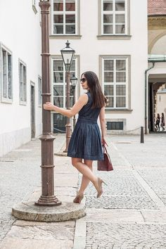 Denim All Over mit dem Jeanskleid – 7 Ways to Wear Business Outfit, Trends, Denim, Womens Fashion, How To Wear, Office, Dresses, Outfits For Work, Classic Fashion
