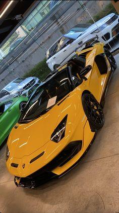 Sport Bikes, Sport Cars, R35 Gtr, Cool Car Pictures, Lamborghini Veneno, Best Luxury Cars, Super Sport, Fast Cars, Exotic Cars