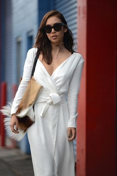 All White * Chic.